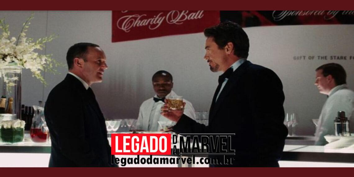 Ator de Agente Coulson sabia que Homem de Ferro seria um sucesso por um detalhe legadodamarvel